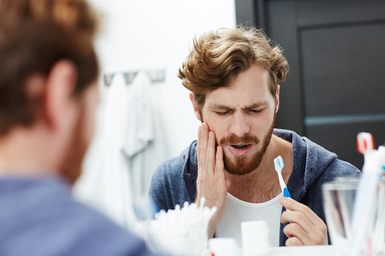 Najczęściej występujące schorzenia jamy ustnej – jak sobie z nimi poradzić?